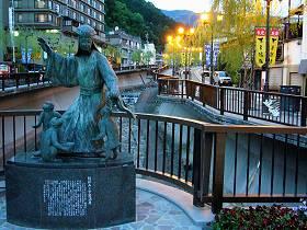 下呂温泉の夕方